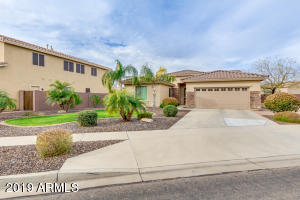 27834 N Gidiyup Trail, Phoenix, AZ 85085