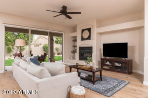 10482 E BAHIA Drive, Scottsdale, AZ 85255