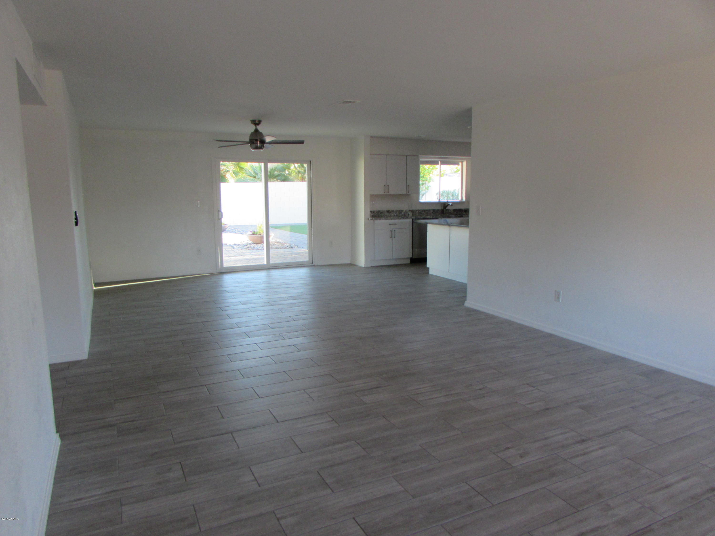 Photo of 3433 E SUNNYSIDE Drive, Phoenix, AZ 85028