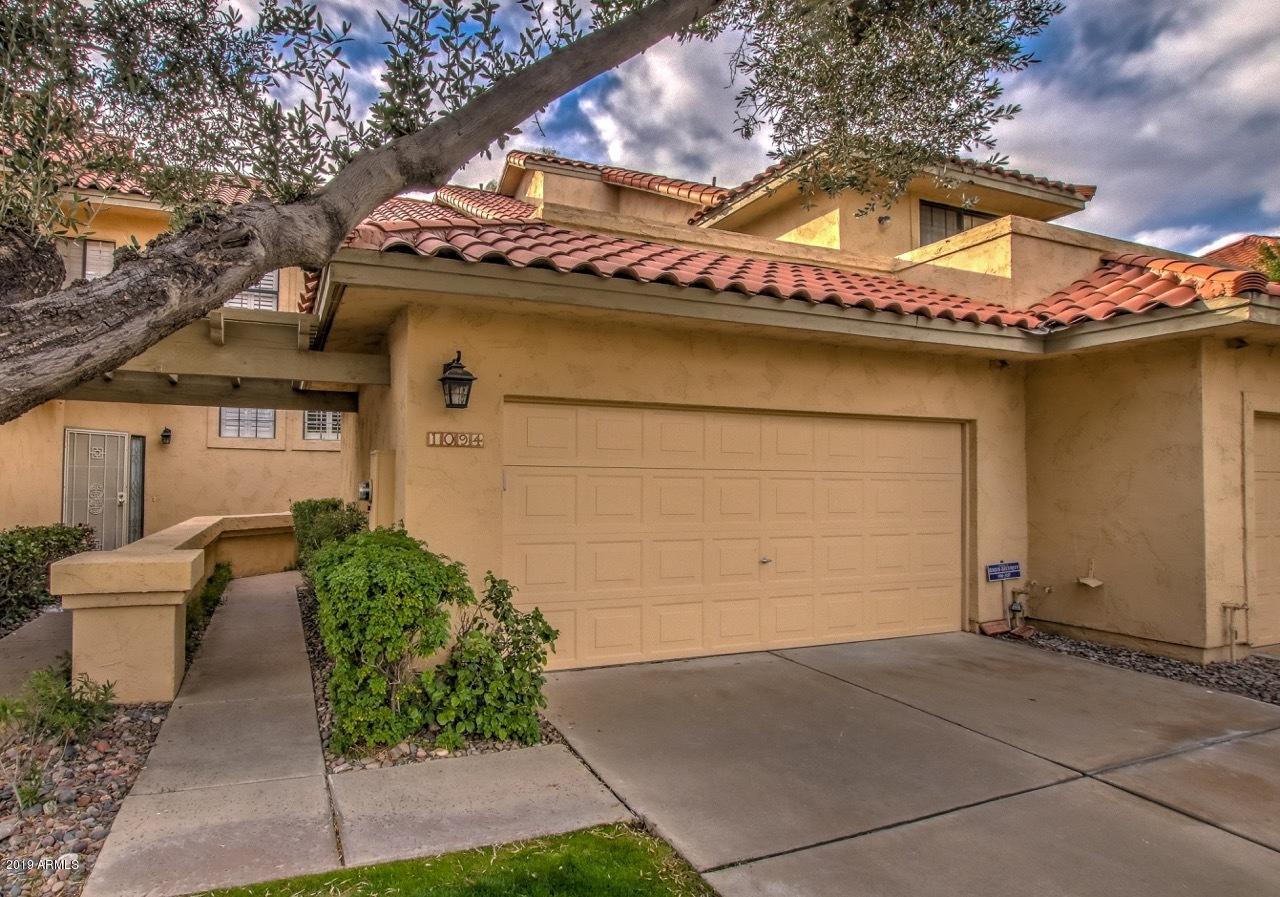 Photo of 9705 E MOUNTAIN VIEW Road #1094, Scottsdale, AZ 85258