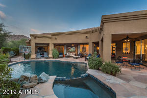 10102 E SADDLE HORN Trail