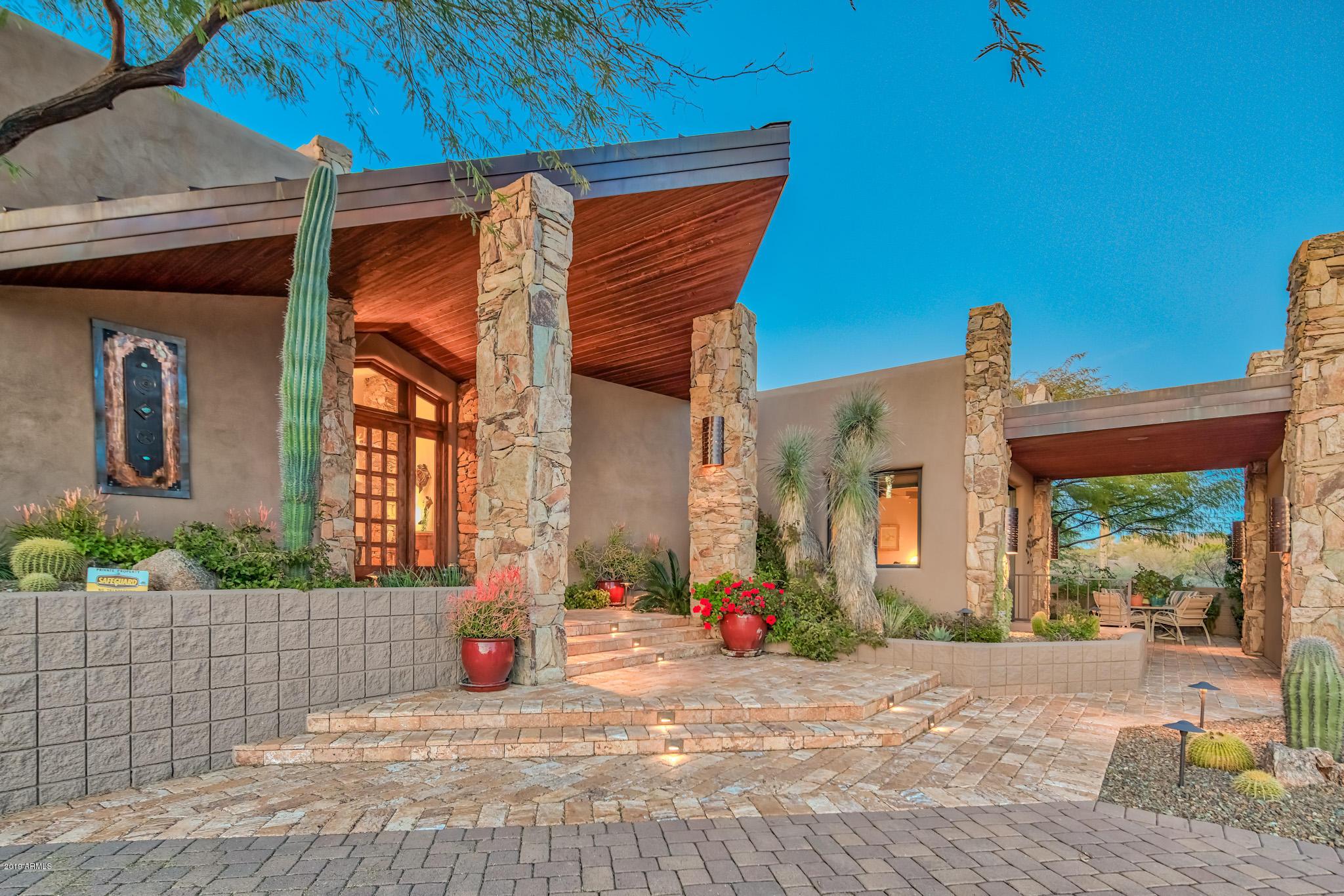 Photo of 11306 E SALERO Drive, Scottsdale, AZ 85262