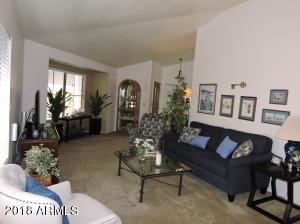 7579 W WIKIEUP Lane, Glendale, AZ 85308