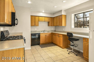 3565 N LOMA VISTA Drive, Flagstaff, AZ 86004