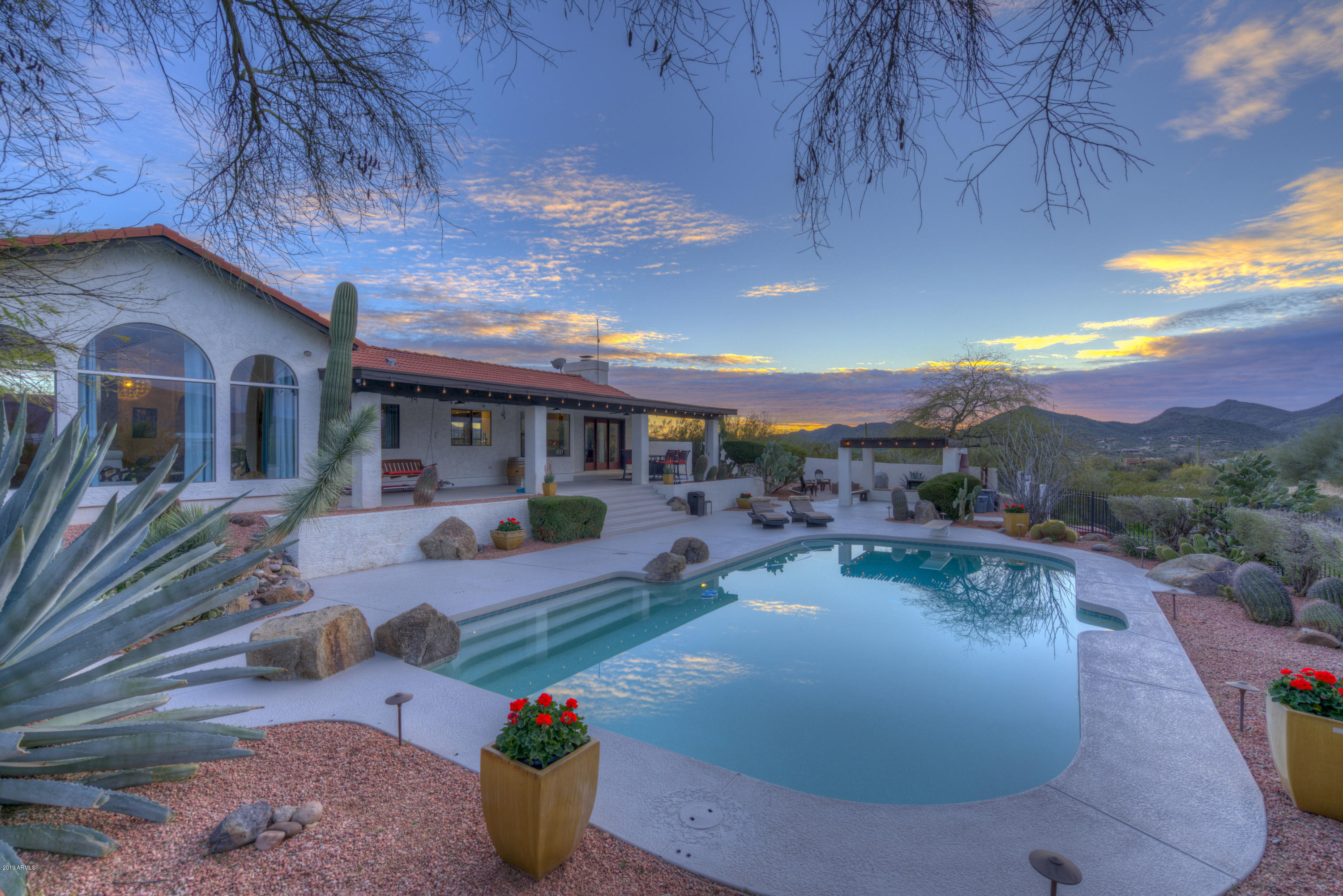 Photo of 5924 E SAGUARO Road, Cave Creek, AZ 85331