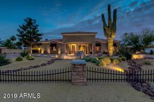 4625 E CLINTON Street, Phoenix, AZ 85028