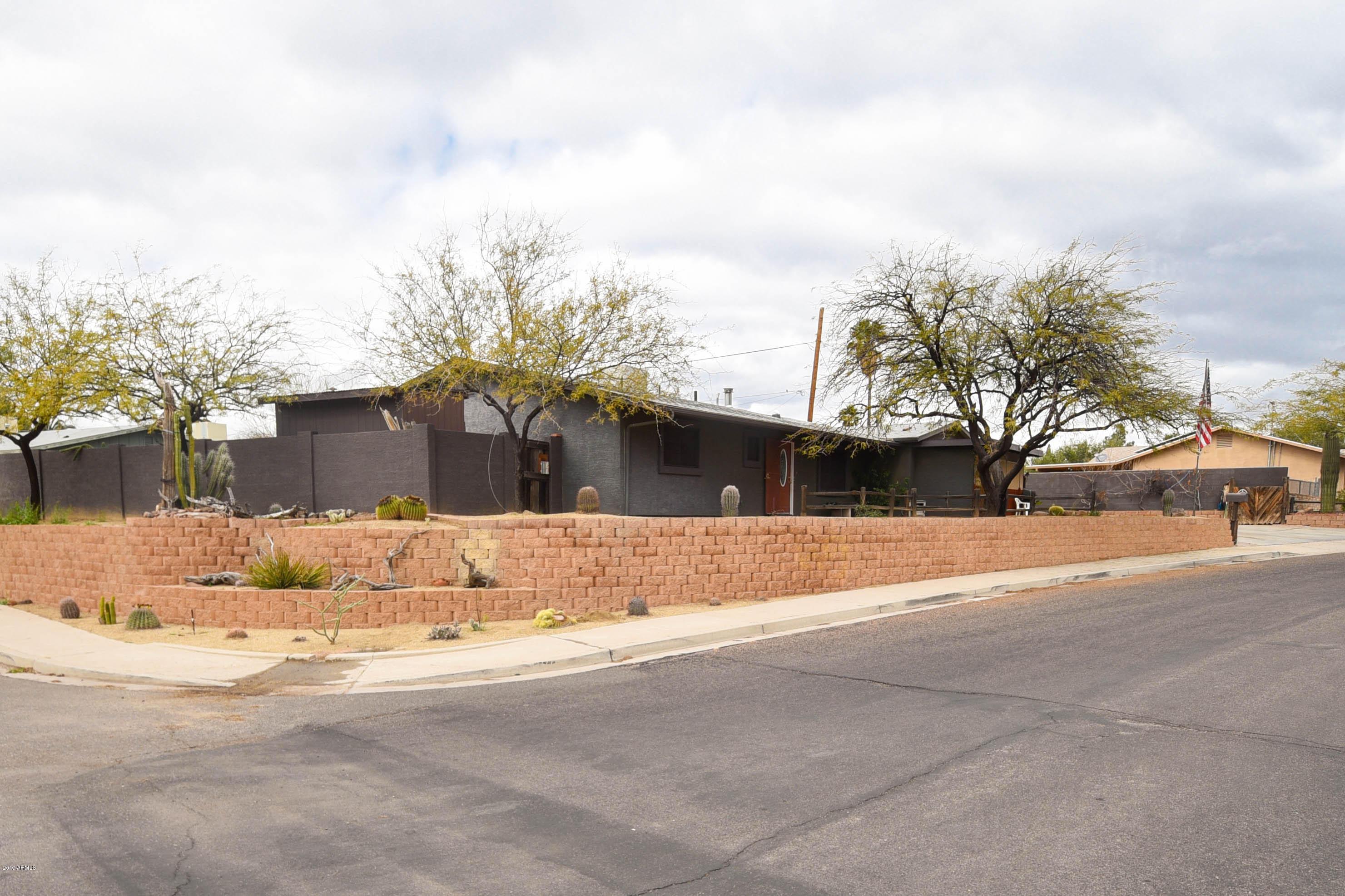 Photo of 725 S YAQUI Drive, Wickenburg, AZ 85390