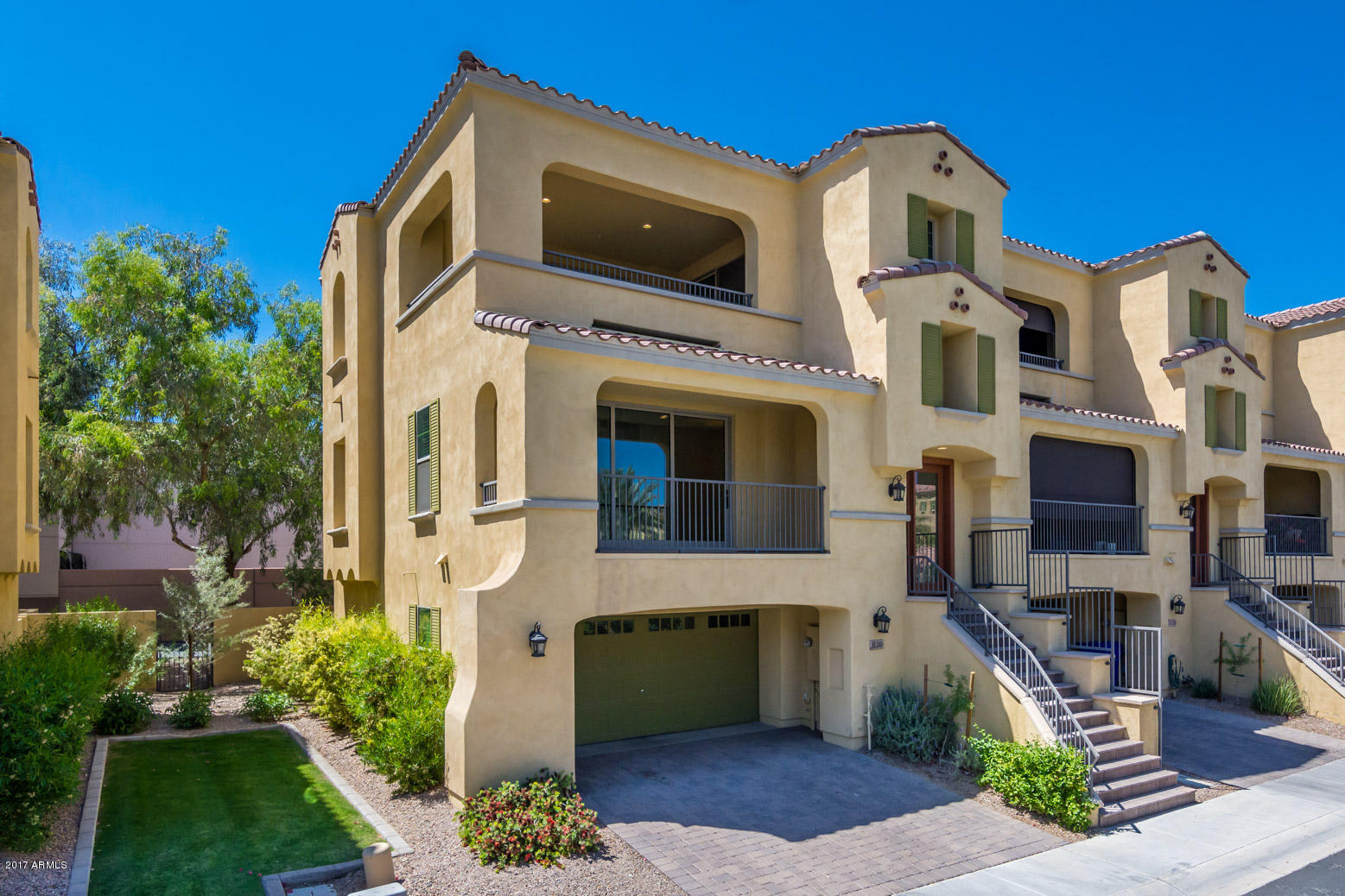 Photo of 830 N IMPERIAL Place, Chandler, AZ 85226