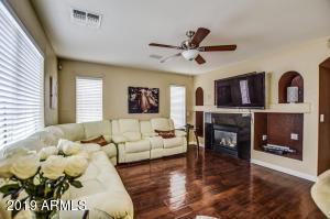 2508 W STRAIGHT ARROW Lane, Phoenix, AZ 85085