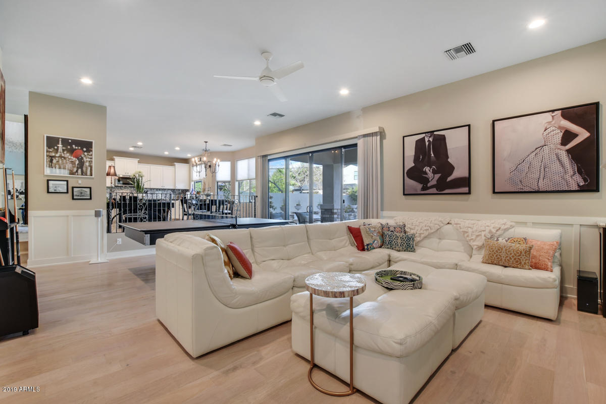 4201 N 42nd Place, Phoenix, AZ 85001 - REALTORS® Chris and