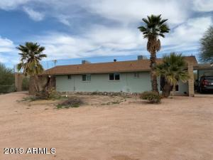1712 E BROADWAY Avenue, Apache Junction, AZ 85119
