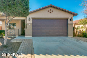 61 W STANLEY Avenue, San Tan Valley, AZ 85140
