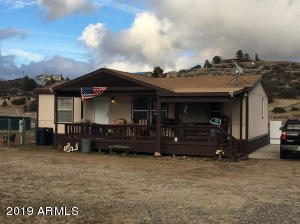 18437 S HENRY COE Road, Peeples Valley, AZ 86332