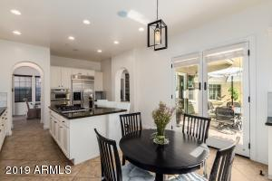 Perfect Entertaining Kitchen-Newly updated!