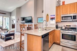 Modern Feel - Light & Bright within walking distance to all Downtown Scottsdale amenities!
