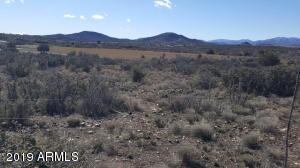 11XXX S Hackberry Trail, Mayer, AZ 86333