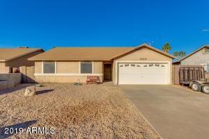 1860 S MORENO Drive, Apache Junction, AZ 85120