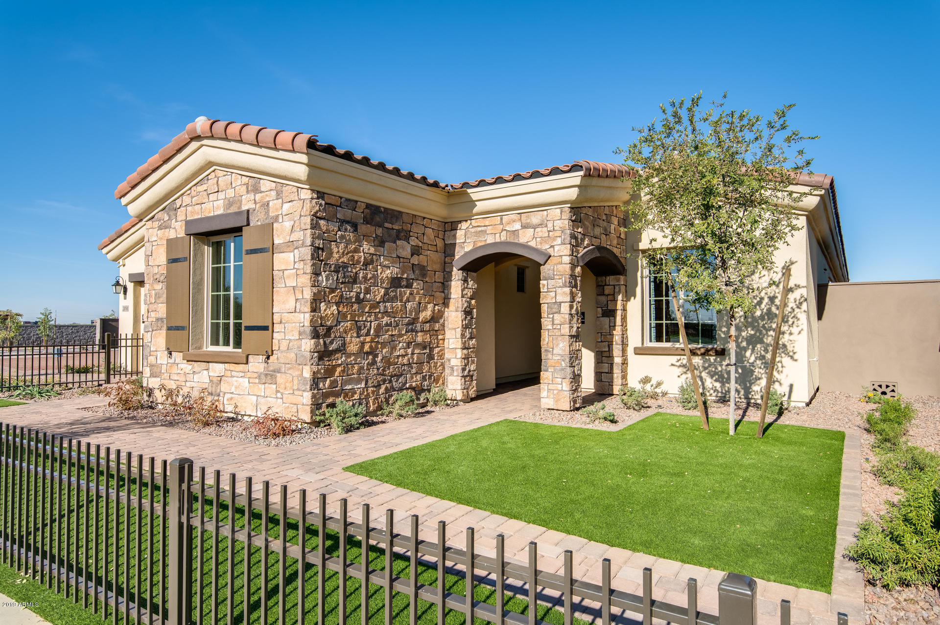 2014 W UNION PARK Drive, Phoenix North, Arizona