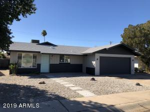 3715 W LAWRENCE Road, Phoenix, AZ 85019