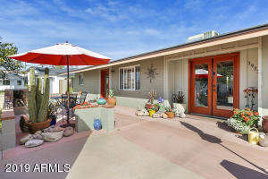 3933 N 43RD Street, Phoenix, AZ 85018