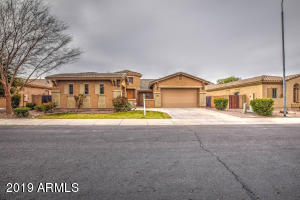 3387 E RAVEN Drive, Chandler, AZ 85286