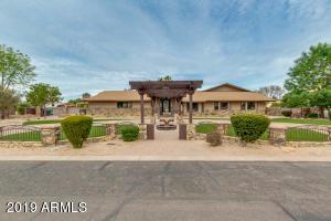 2042 E QUINCE Street, Mesa, AZ 85213
