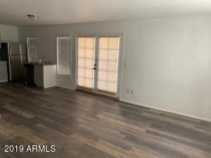 1432 W EMERALD Avenue, 8, Mesa, AZ 85202