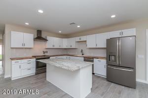 3516 E EARLL Drive, Phoenix, AZ 85018
