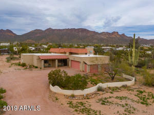 3070 W Whiteley Street, Apache Junction, AZ 85120