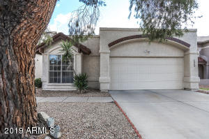 1323 W MANOR Street, Chandler, AZ 85224