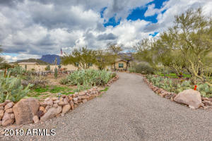 10616 E BASELINE Avenue, Gold Canyon, AZ 85118