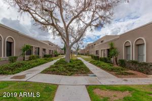2752 N 60TH Street, Scottsdale, AZ 85257