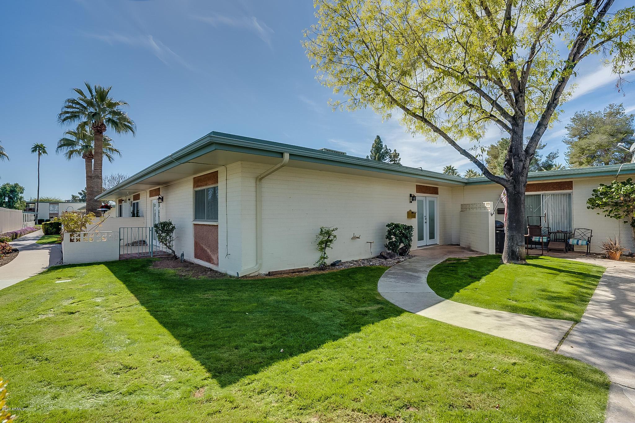 Photo of 1239 E MARYLAND Avenue #B, Phoenix, AZ 85014
