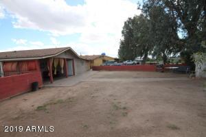 2831 W CAMELBACK Road, Phoenix, AZ 85017