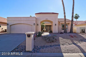 10413 E CHAMPAGNE Drive, Sun Lakes, AZ 85248