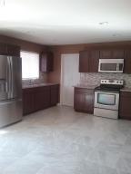 8725 W EARLL Drive, Phoenix, AZ 85037