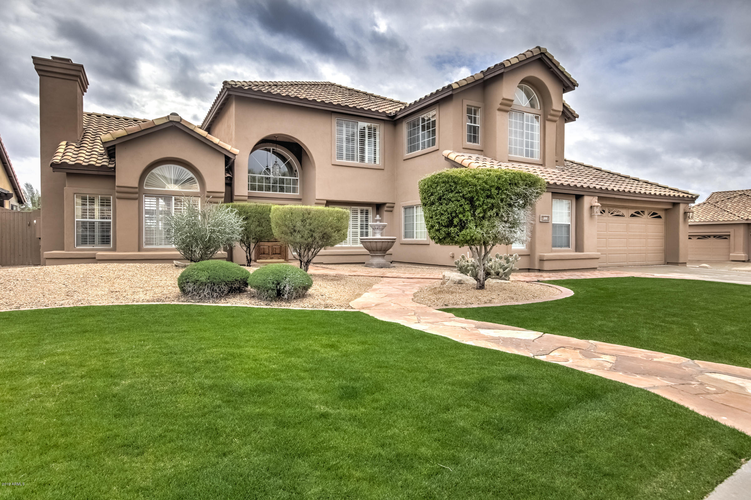 Photo of 2441 E LAVENDER Lane, Phoenix, AZ 85048