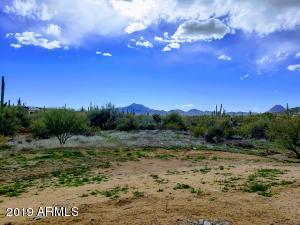 49410 N 1st Drive, New River, AZ 85087