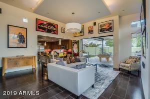6550 E HOLLY Street, Scottsdale, AZ 85257