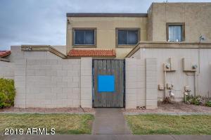 6805 S BONARDEN Lane, Tempe, AZ 85283