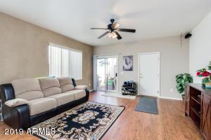 2215 S BARRINGTON Street, Mesa, AZ 85209