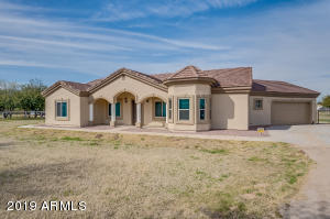 4976 E ROGERS Lane, San Tan Valley, AZ 85140