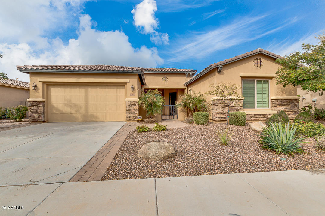 Photo of 5050 S PINALENO Place, Chandler, AZ 85249