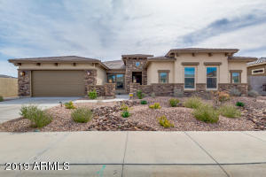 18055 W WANDERING CREEK Road, Goodyear, AZ 85338