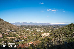 5739 E QUARTZ MOUNTAIN Road, 8