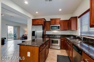 26689 N BABBLING BROOK Drive, Phoenix, AZ 85083