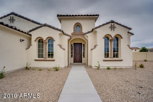 PHOTO IS OF ANOTHER BUILT HOME. ACTUAL LISTING IS TO BE BUILT BASE PRICED HOME.
