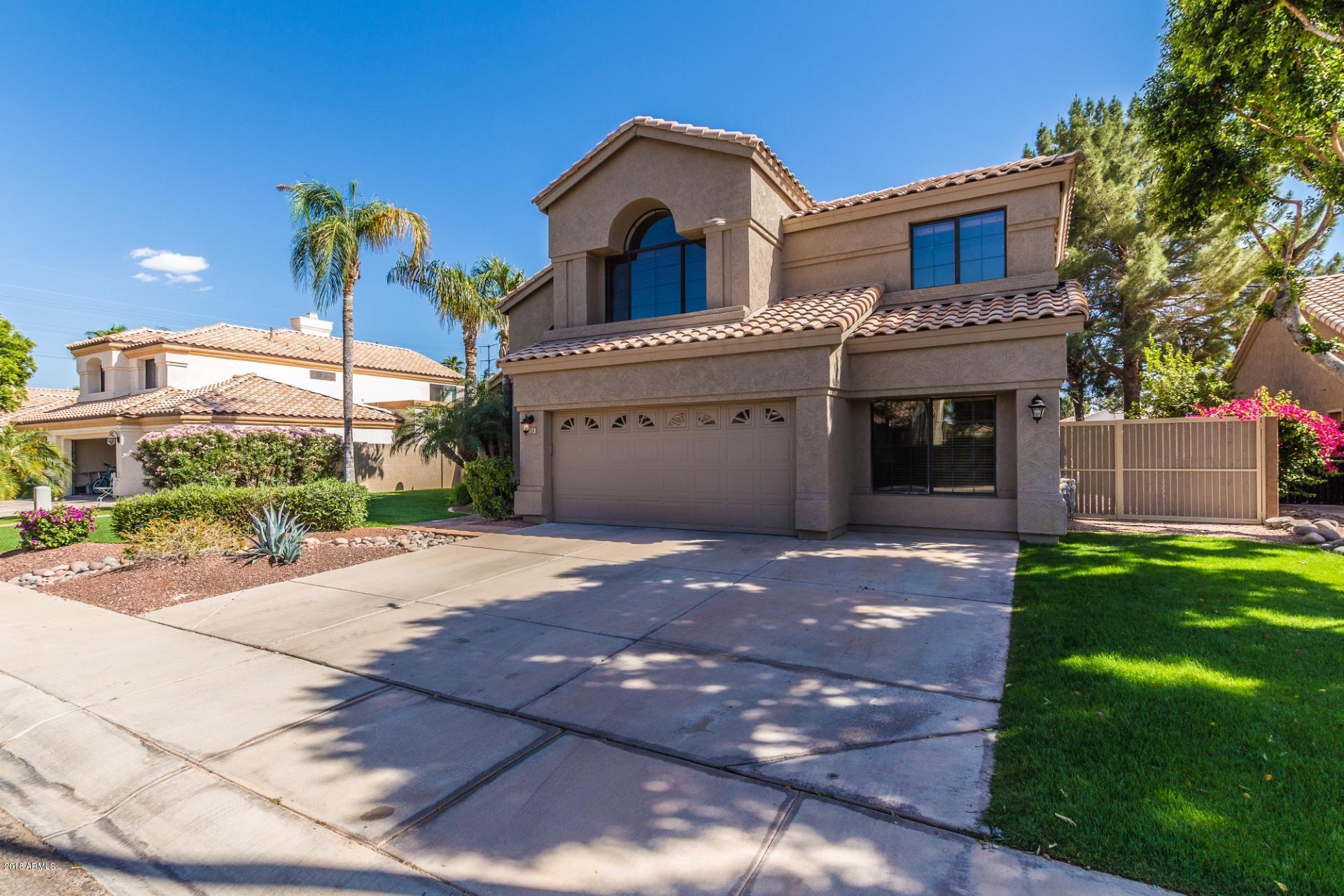 Photo of 1825 E MONARCH BAY Drive, Gilbert, AZ 85234