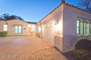 11428 N 12th Way, Phoenix, AZ 85020