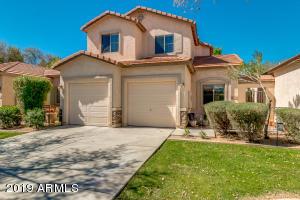 922 S BANNING Street, Gilbert, AZ 85296